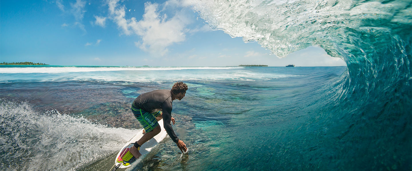 Maldives Surfing Five Islands Huvadhoo Atoll